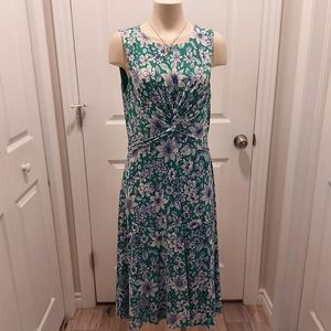 Vince Camuto Green Dress Front Knot Size 14